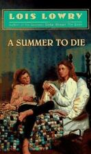 A Summer to Die Lowry, Lois Mass Market Paperback