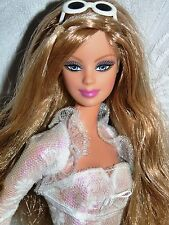 Vestido de encaje Muñeca Barbie moda fiebre impresionante en precioso blanco