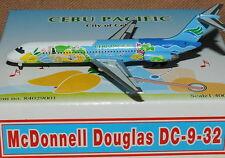 "PHOENIX / TUCANO LINE 1/400 Mc Donnel Douglas DC-9 CEBU PACIFIC "" Blue Fish """
