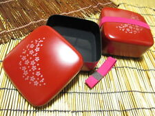 Bento Lunch Box/Sakura blossom/135×135×65/With a belt/Made in Japan/Vermilion