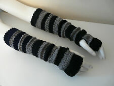 NEW LADIES BLACK GREY STRIPED KNITTED WOOLLY STRETCHY LONG FINGERLESS GLOVES