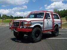 Ford: Bronco XL 4X4 WAGON exoskeleton BET IT MAY MAKE OJ PROUD!