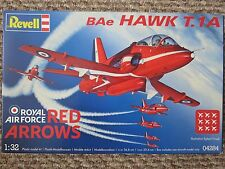 REVELL BAE Hawk t.1a RAF Red Arrows SCALA 1/32