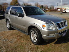 Ford : Explorer 4WD V6 XLT