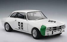 Autoart 87004 Alfa Romeo Guilia gtam monza 1970
