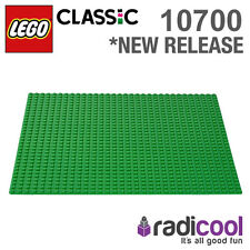 10700 LEGO Green Baseplate CLASSIC Age 4-99 / 1 Pieces / NEW 2015 RELEASE!