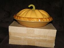 CERAMIC THANKSGIVING PUMPKIN PIE PLATE BAKING SERVING DISH WITH LID NIB