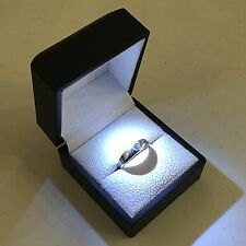 Black LED Lighting Jewelry Engagement Wedding Ring White Gift Box BR00002