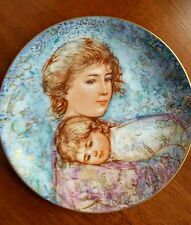 "The Edna Hibel Mother's Day Plate for 1984, ""Abby and Lisa"""