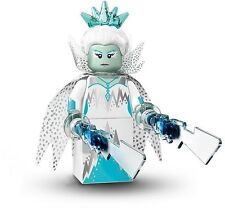 LEGO Collectible MiniFigure: Series 16: #01 - Ice Queen (Sealed Pack)