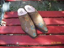 WOMEN'S LUCCHESE CHARLIE 1 HORSE DARK BROWN MULES WITH PAINTED FLOWERS 9.5 M