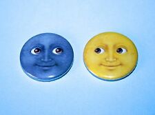 SET OF 2 EMOJI TEXT SUN AND MOON BUTTON PIN BADGE