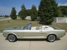 Ford : Mustang GT Auto