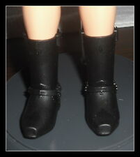 SHOES  MATTEL BARBIE KEN DOLL1 MODERN CIRCLE BLACK SNAP ON BOOTS CLOTHING ITEM