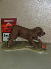 +# A015811_09 Goebel Archiv Muster Hund Dog Spaniel spielt Ball 30-201 Plombe