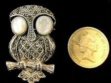 925 Sterling Silver Mother of Pearl Marcasite Owl 2D Bird Brooch Pin Deco Style
