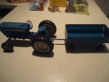 "Ertl Ford 4600  Tractor 1:16 10"" with 3 Point Hitch"