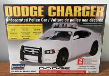 Lindberg 72796 Dodge Charger Undecorated Police Car w/ 8 different lights 1/24