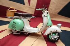 VESPA SCOOTER tin toy tinplate car blechmodell auto voiture tole buriki ブリキ