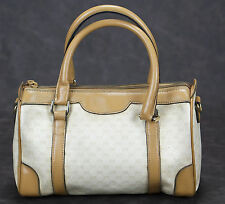 GUCCI VINTAGE CREAM SIGNATURE CANVAS DOCTOR STYLE HANDBAG :)