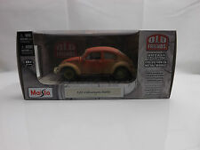 Maisto Old Friends 1:24 VW Volkswagen Beetle Abandond Barn Find Rat look NEW