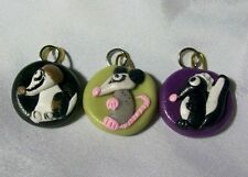 LOT OF 5 ANIMAL CHARMS ANGEL CAT SPOTTED DOG  SKUNK POSSUM BEAGLE mini ornaments