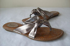 Women's BORN Thong Sandals Pewter Metallic 9