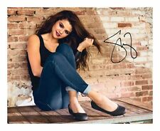 SELENA GOMEZ SIGNED AUTOGRAPHED A4 PP PHOTO POSTER A