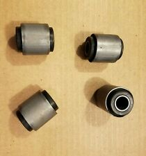 MASERATI BORA MERAK COMPLETE SET OF 4 NEW FRONT DROP LINK SUSPENSION BUSHINGS