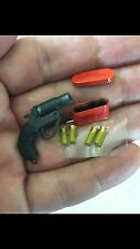 MINIATURE US WWII FLARE GUN WITH 4 FLARES AND TIN CASE RAF VERY 1/6 SCALE CUSTOM