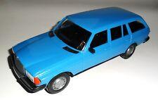 Mercedes W 123 T Modell Typ 200 240 250 300 T TE med blau blue, ESTONIA in 1:20!