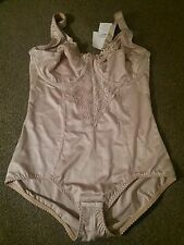 Size 40C girdle underwired bodysuit not padded by elegance  paris bnwt