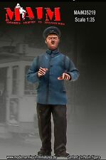German Tramcar Driver / 1:35 scale resin model kit