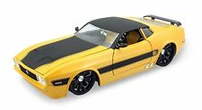 Jada Kustoms 1973 Ford Mustang Mach 1 diecast model car 1:24 scale Yellow J230