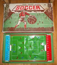 Vintage chad valley table soccer football game rare années 1960 coffret fer blanc jouet