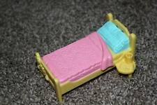 Fisher Price Sweet Streets Yellow Bed Riding Stable Dollhouse Doll Toy RARE VHTF