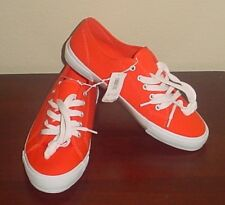 NWT Ladies CANVAS SNEAKERS Old Navy Athletic Shoes SIZE 9M ORANGE