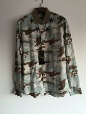 GIVENCHY CAMOUFLAGE STAR PRINT CONTRAST COLLAR SHIRT SIZE 41 (Fits Like M)