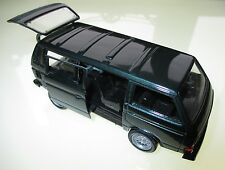 Volkswagen VW Kombi Bus T3 t 3 Caravelle Syncro grün green met, Schabak in 1:43!