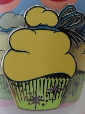 New Authentic 2011 Disney Cupcakes Sweet Treat Tinker Bell Booster Trading Pin