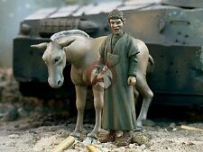 Verlinden 1/35 'Arab Street' Boy with Donkey Middle East (2 Figures) [Resin] 955