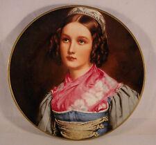 Gloria Fine Porcelain Bayreuth großer Zierteller Portrait junge Frau in Tracht