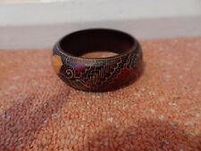 JEWELRY INDONESIAN CARVED WOODEN BANGLE