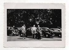 PHOTO ancienne - Automobile Voiture Auto - Peugeot Renault Citroën ? Vers 1950