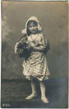 1908 Lago di Garda - Ritratto di bambina con cestina di fiori - FP B/N VG