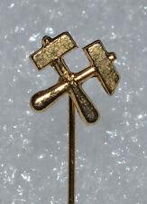Mining Miner Mine Worker Digging logo Hammer & Pick gold tone vintage pin badge