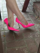 *NeoN HoT PiNk* EUC 8 Pointy Toe Stiletto Heels PUMP CARRIE GuESS Silver Spike