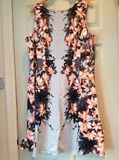 Per Una dress size 22 excellent condition summer dress floral pattern lined