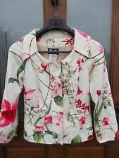 Stunning D&G Dolce and Gabbana Cream Floral Cotton Fitted Jacket Vintage