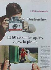 PUBLICITE POLAROÏD APPAREIL PHOTO PETITE FILLE OIE DE 1966 FRENCH AD PUB VINTAGE